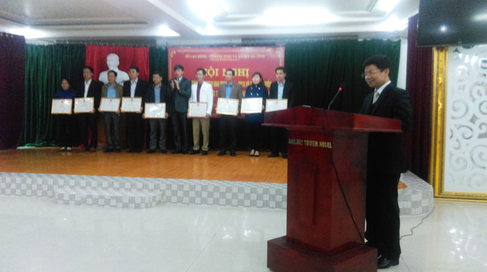 Thang Long OSC was awarded a merit certificate in labor export.