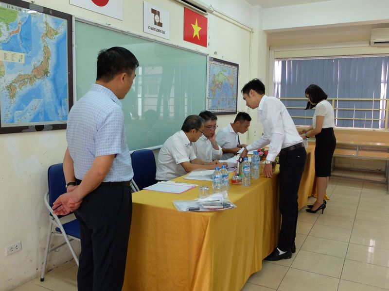 Thang Long OSC's trainee took an exam for construction order working