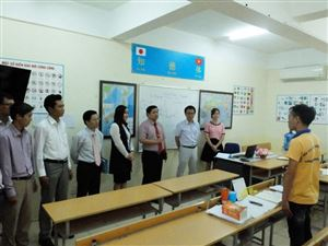 cdWelcome Ha Noi Technology College to visit and cooperate educationwith Thang Long OSC 7