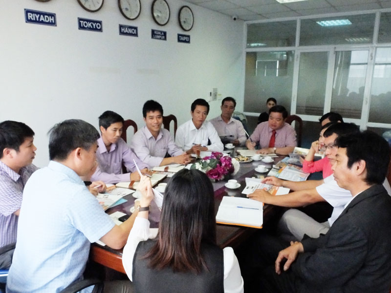 A cooperation meeting between Thang Long Osc and Ha Noi Technology College